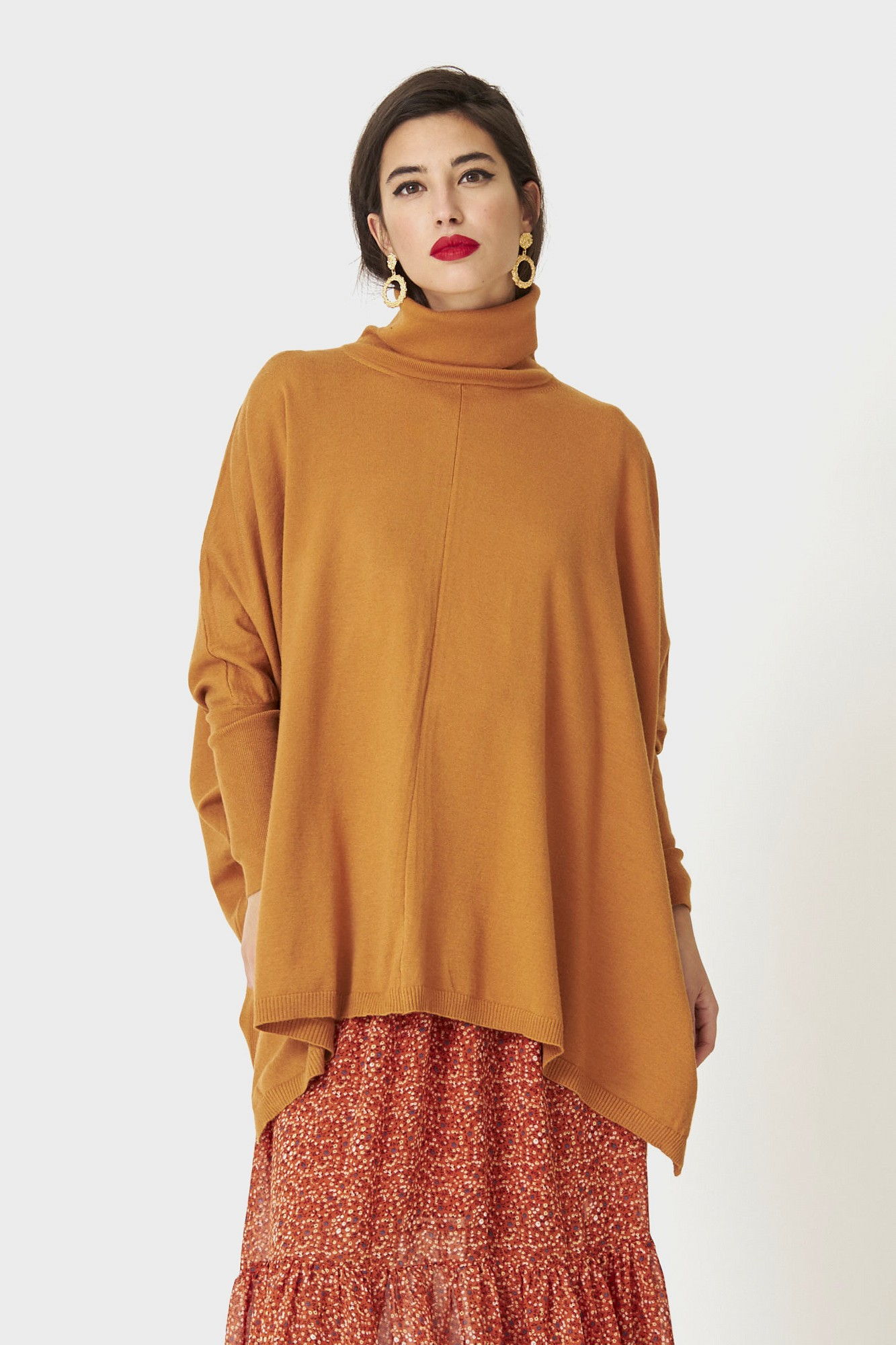 SISTER ORION CAMEL JUMPER
