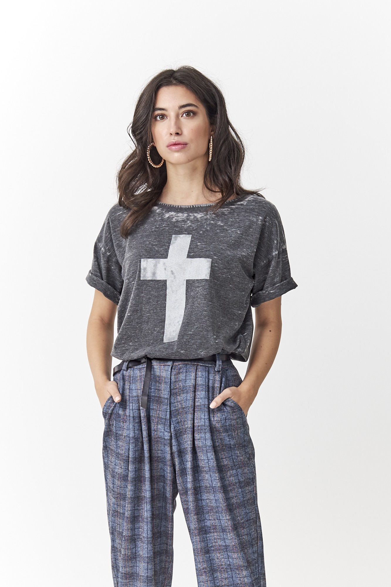 SISTER CROSS T SHIRT