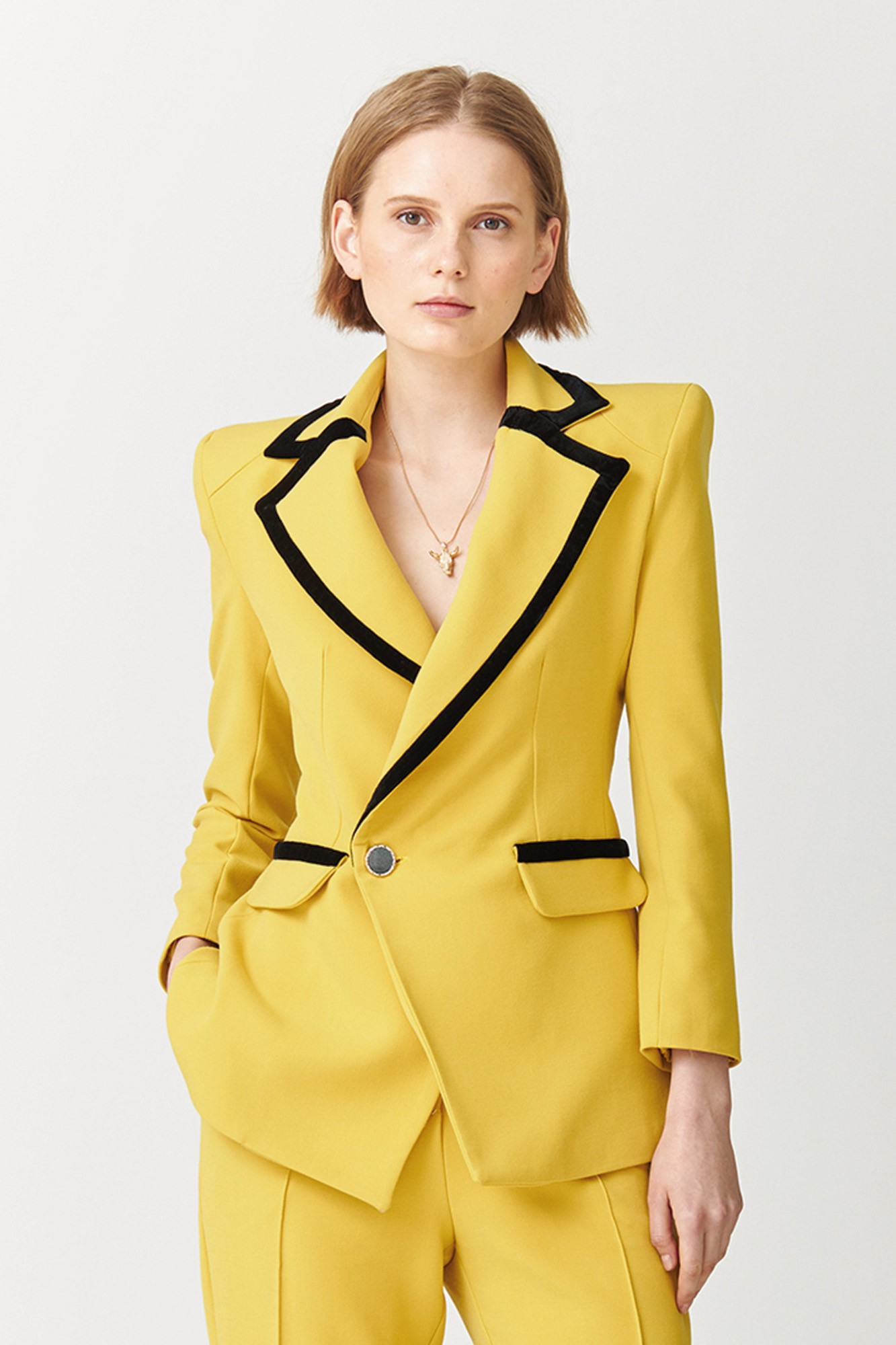 BLAZER MORGANA AMARILLO