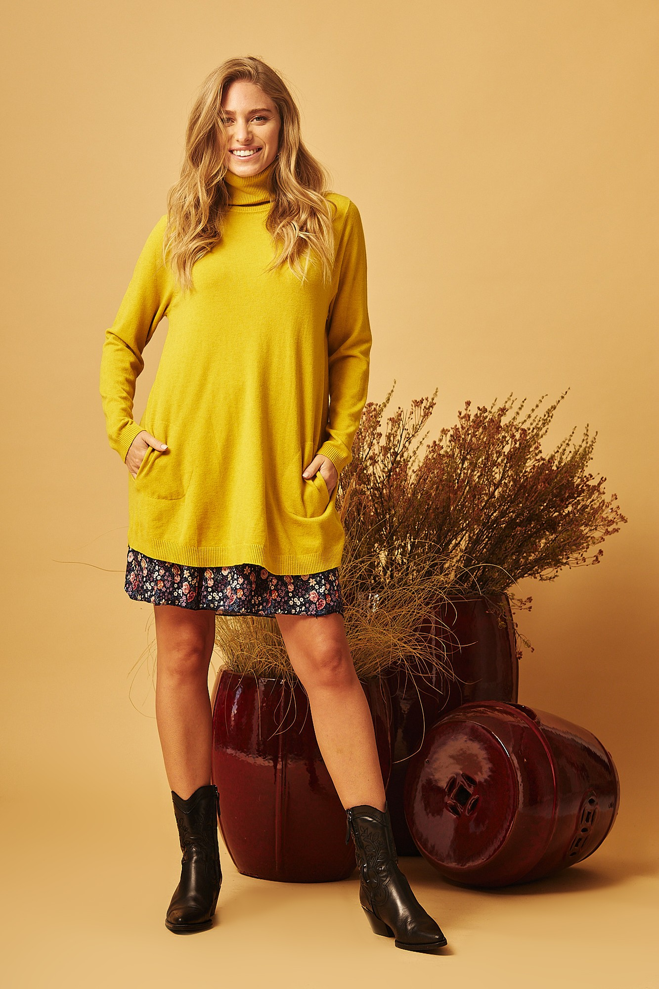 YELLOW CIES SWEATER