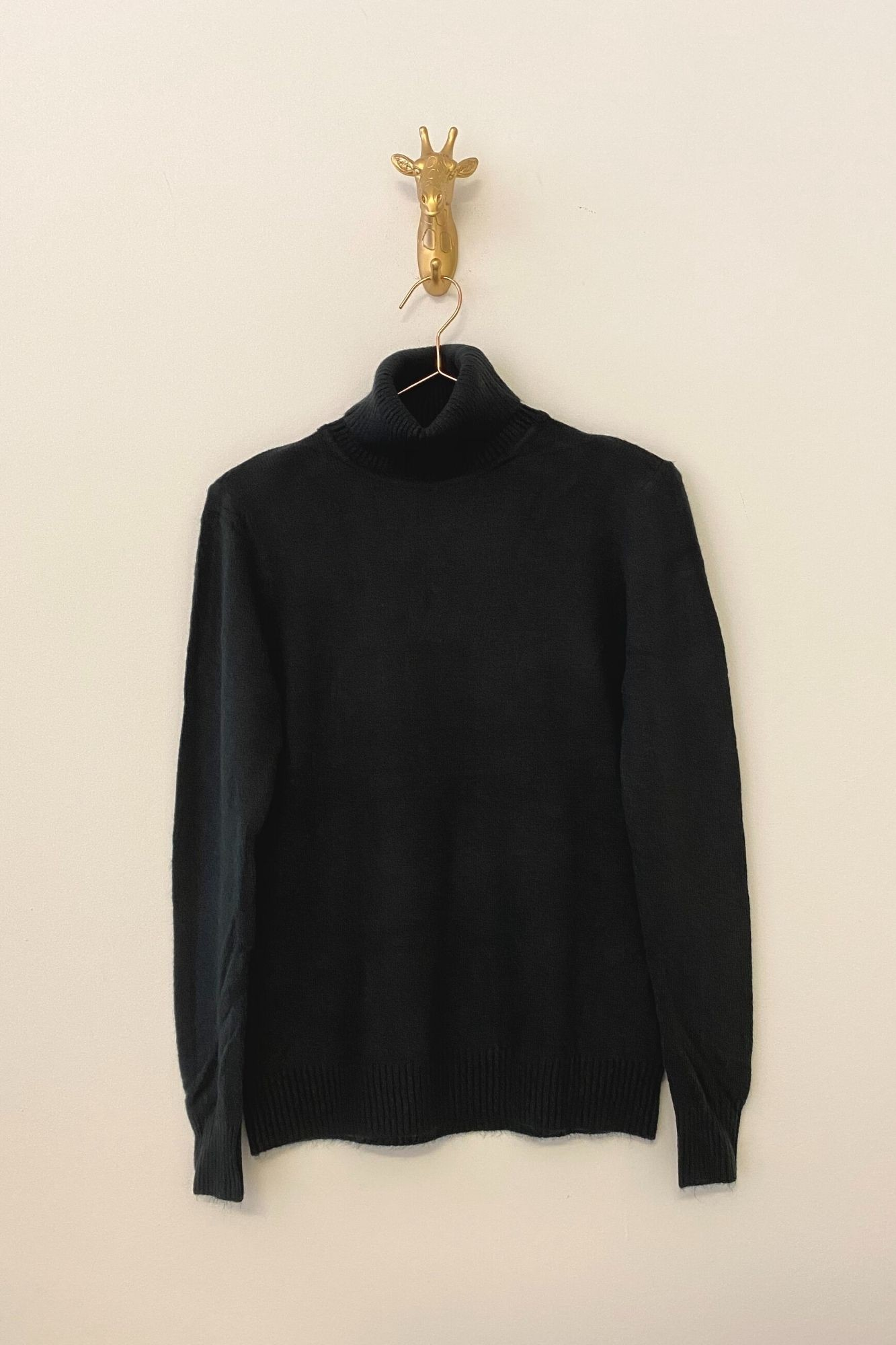 BLACK ÑORA JUMPER