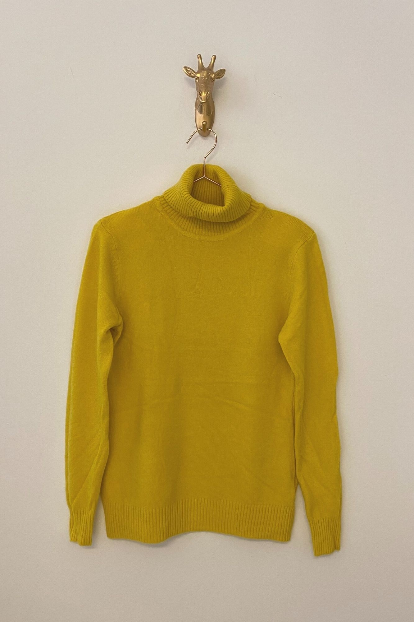 YELLOW ÑORA JUMPER